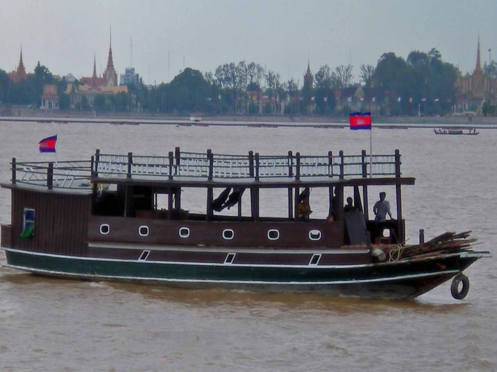 mekong-river-cruise