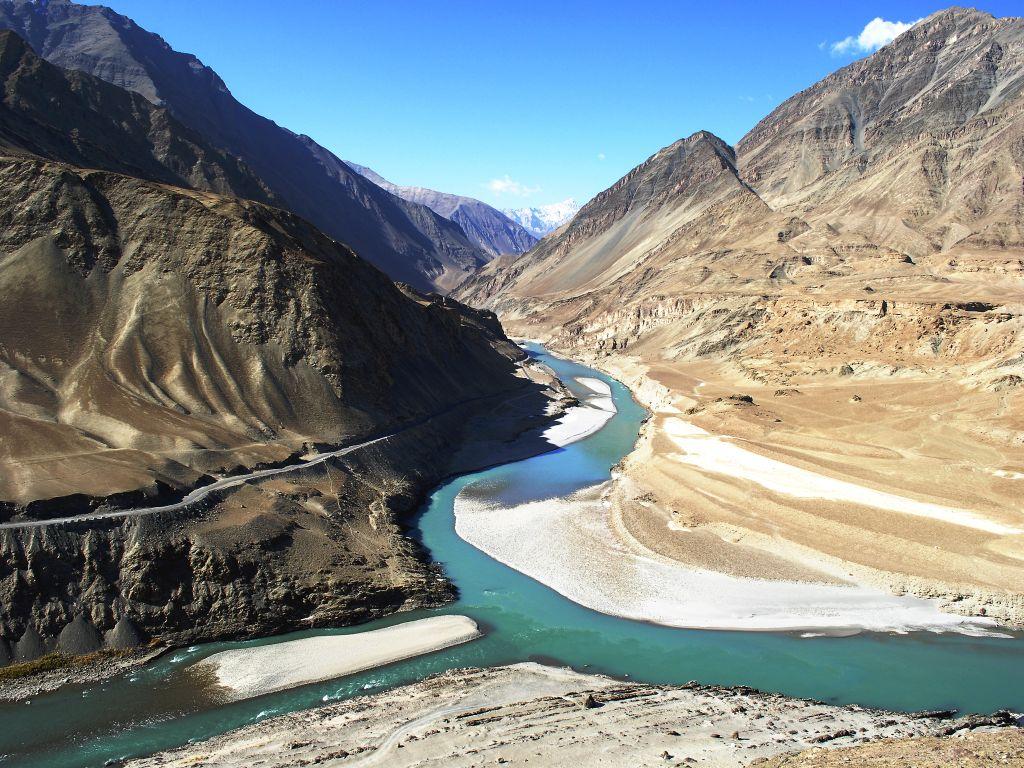 Must visit places in Ladakh! 4